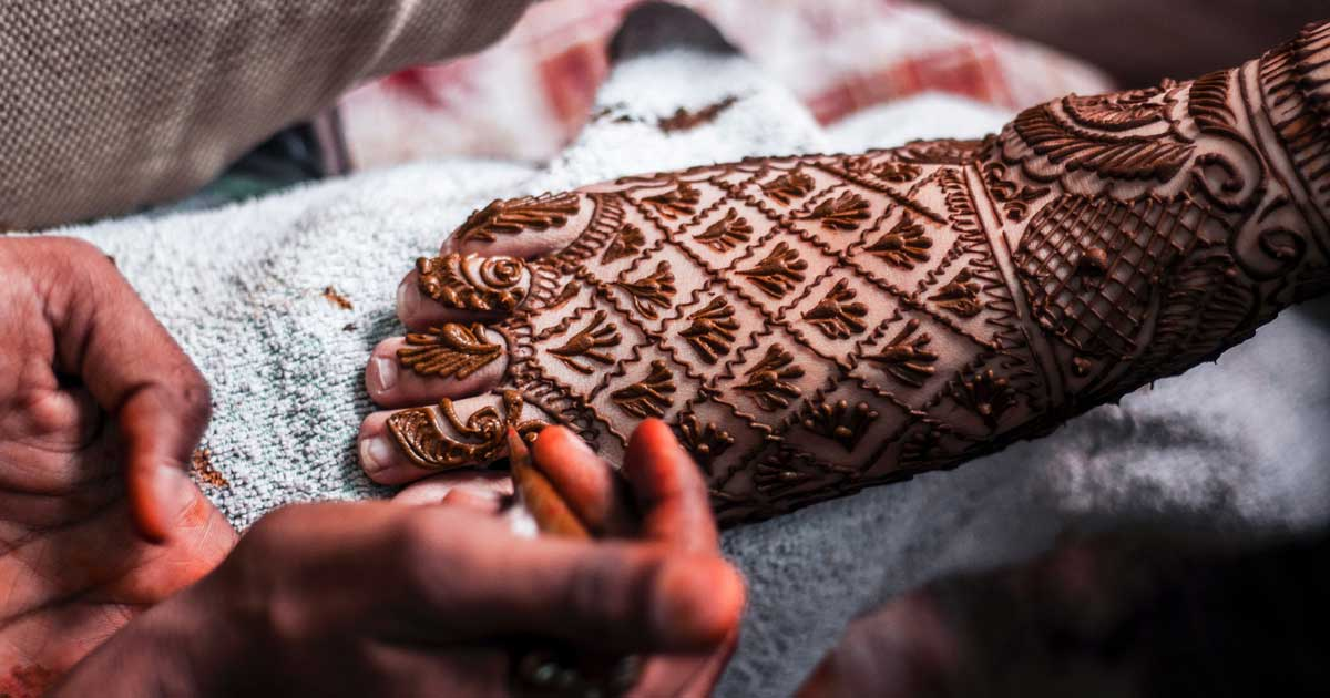 Piede con tatuaggio all'henné